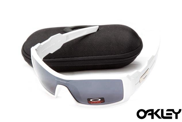 Oakley oil drum sunglasses in white and black iridium