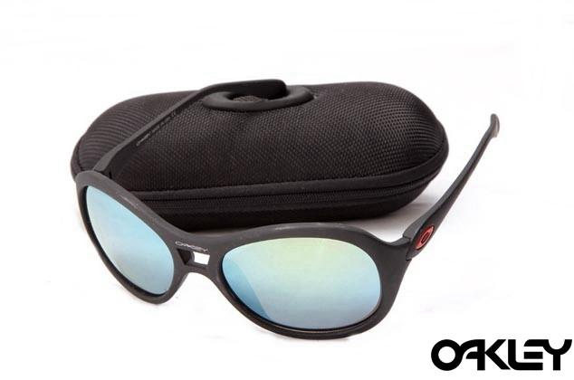 Oakley vacancy matte black and ice iridium