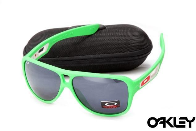Oakley dispatch II sunglasses in green and black iridium