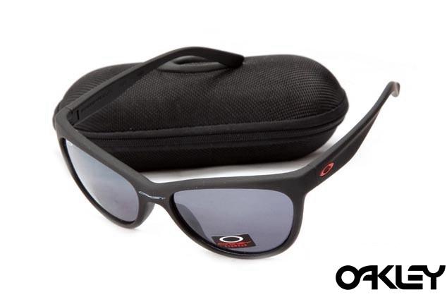 Oakley fringe matte black and grey iridium