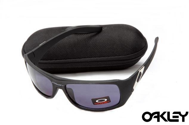Oakley sideways sunglasses in matte black and royal purple