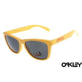 Oakley frogskins sunglasses in enamel yellow and black iridium
