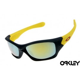 Oakley pit bull sunglasses in matte black and yellow lense