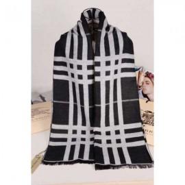 Burberry wool scarves black