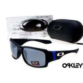 oakley big taco sunglasses in matte black and grey iridium