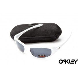 Oakley encounter matte white and black iridium