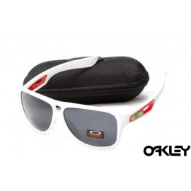 Oakley dispatch II sunglasses in white and black iridium