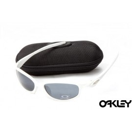 Oakley hatchet wire sunglasses in white and black iridium
